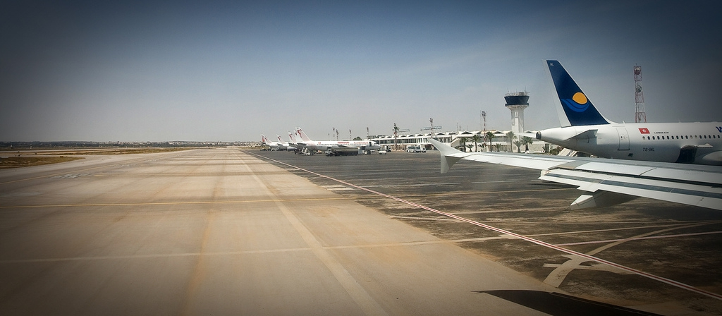 тунис монастир аэропорт табло прилета